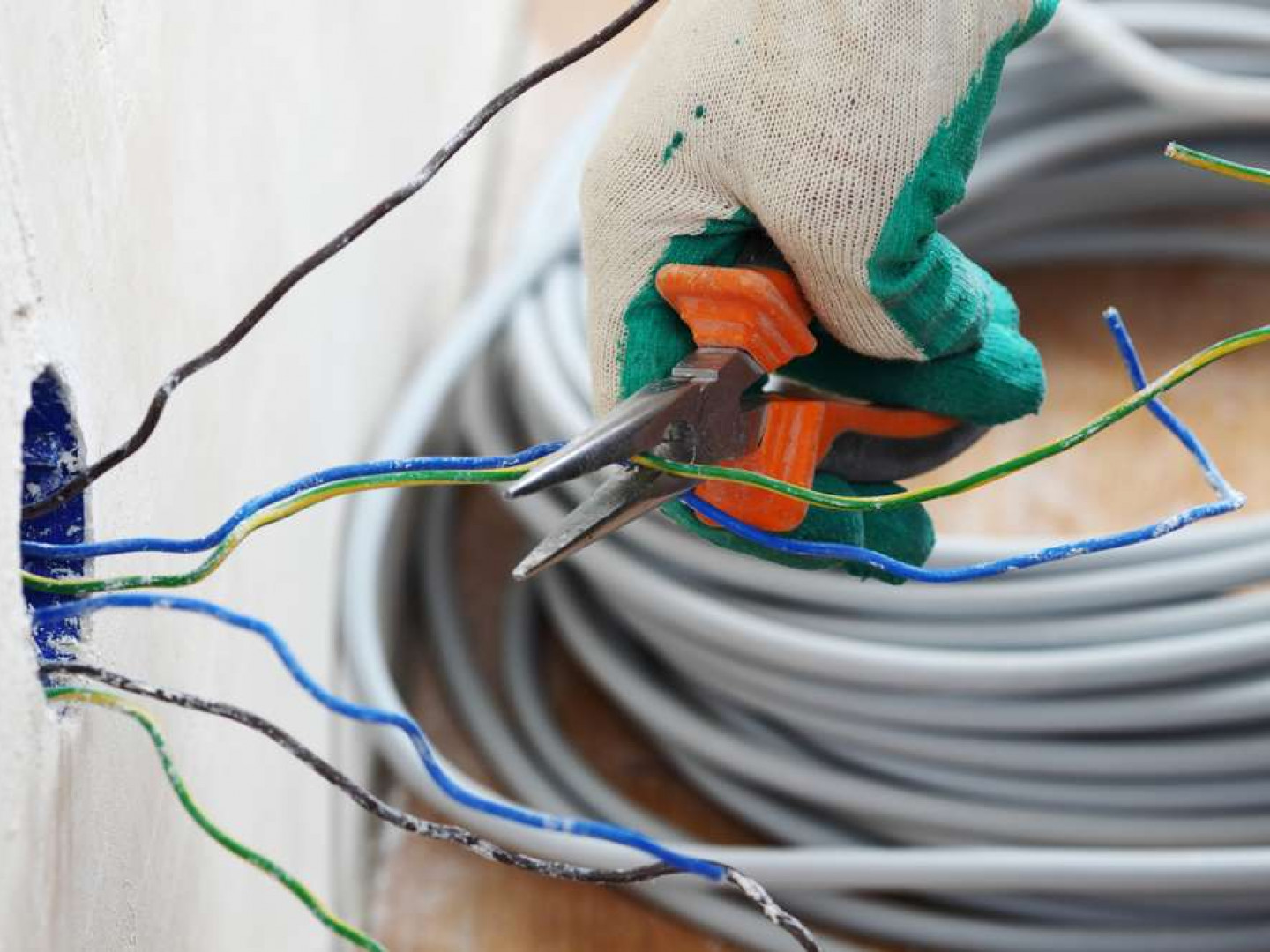 Need Someone to Handle Your Electrical Services?